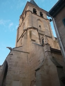 The Andresy church on the bank of the Seine (cc copyright Marilyn Z. Tomlins)