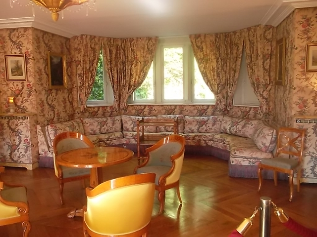 The living room in Chateaubriand's house (cc Marilyn Z.Tomlins)