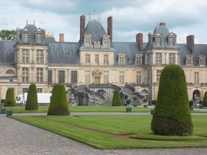 Another view of the chateau (cc Marilyn Z. Tomlins)