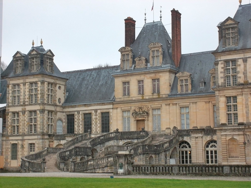 Fontainebleau Palace (Copyright Marilyn Z.Tomlins)