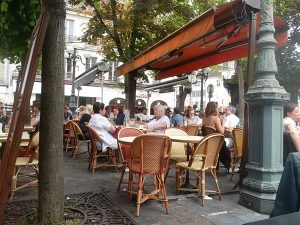 For a meal, a snack, or just a drink on a square facimg the chateau. (cc Marilyn Z. Tomlins)