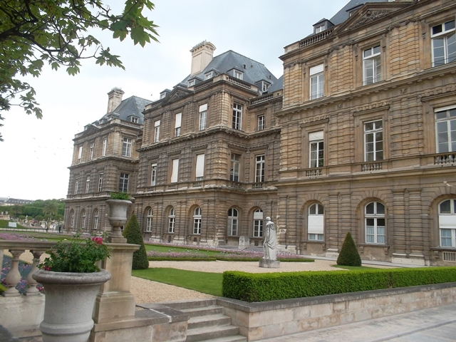 Luxembourg Palace which houses the Luxembourg Museum (Copyright Marilyn Z.Tomlins)