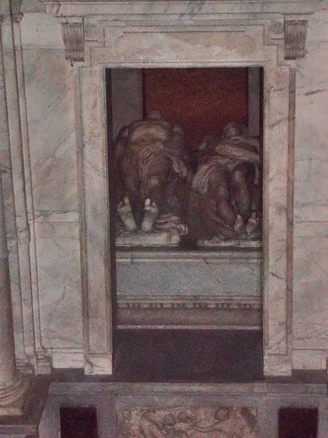 Tomb of Francois 1 and his wife Claude of France (copyright  Marilyn Z. Tomlins)