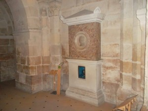 The chamber where  the heart of the son of Louis 16 & Marie Antoinette rests. (Copyright Marilyn Z Tomlins)