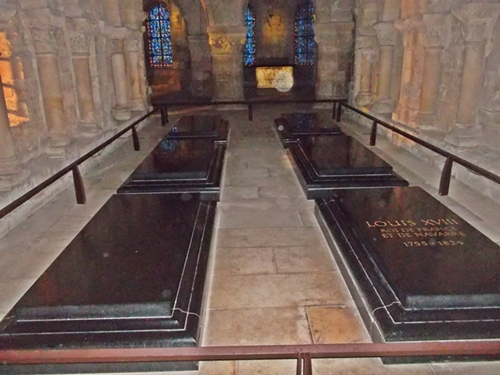 Middle right lies the remains of Marie Antoinette. Louis 16's remains lie beside hers. (Copyright Marilyn Z. Tomlins)