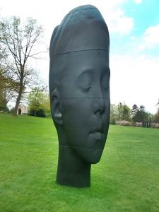 Another of the sculptures in the Caillebotte Park (cc Marilyn Z. Tomlins)