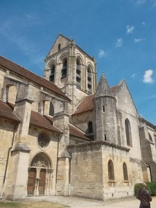 The Auvers-sur-Oise church (cc Marilyn Z. Tomlins)